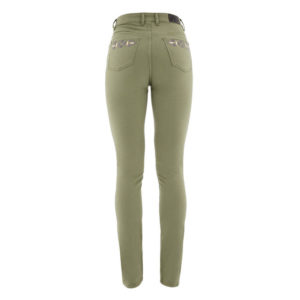 Woman´s color jeans