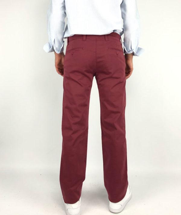 Pantalones chinos 100% algodón en burdeos