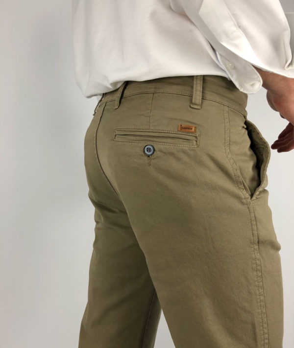 Chinos made in spain
