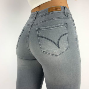woman´s used jeans