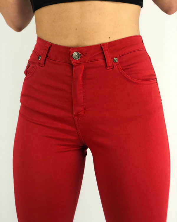 woman´s jeans red
